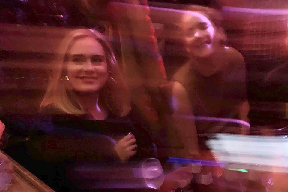 Adele und Jennifer Lawrence
