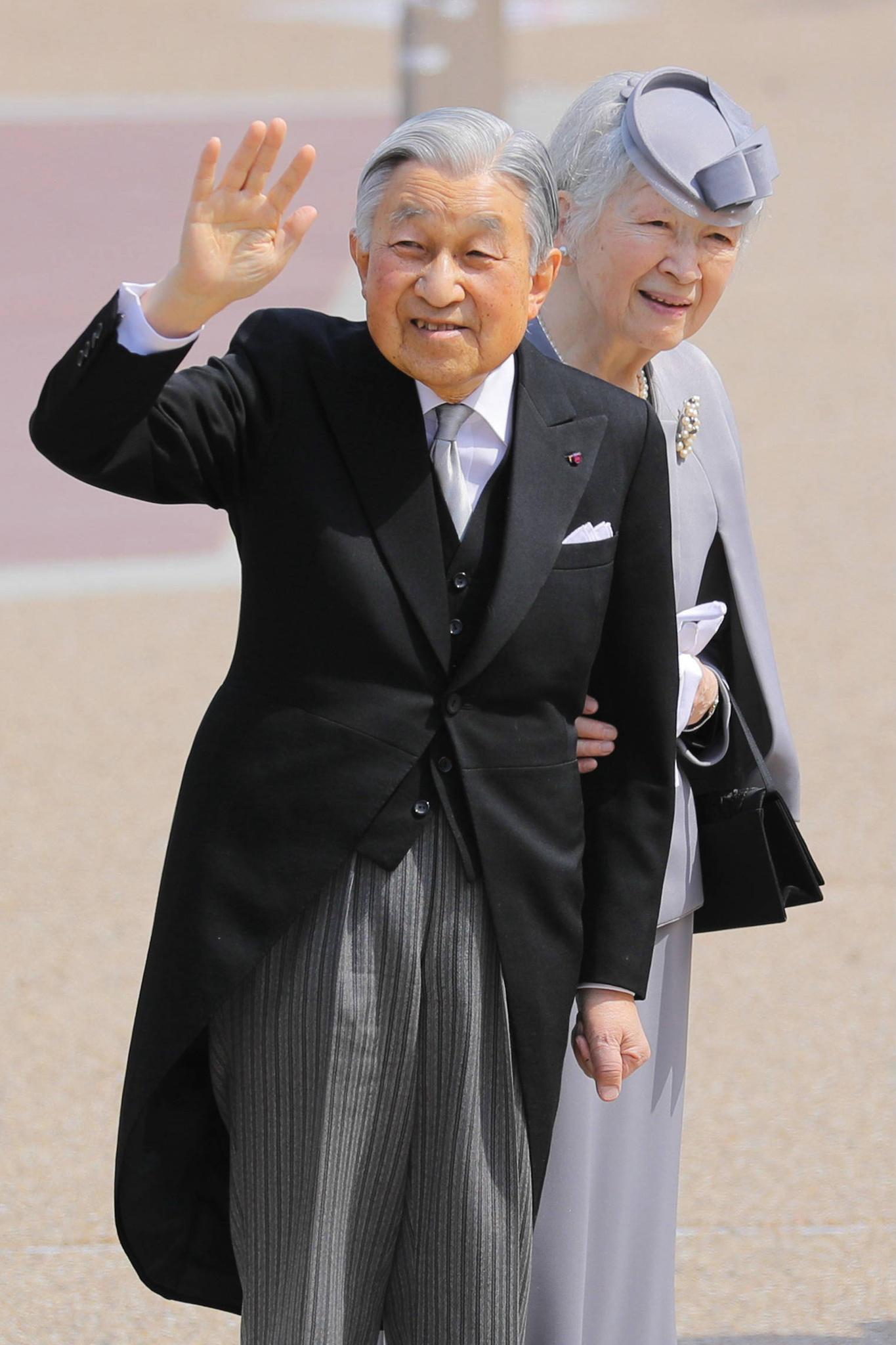 Kaiser Akihito, Kaiserin Michiko