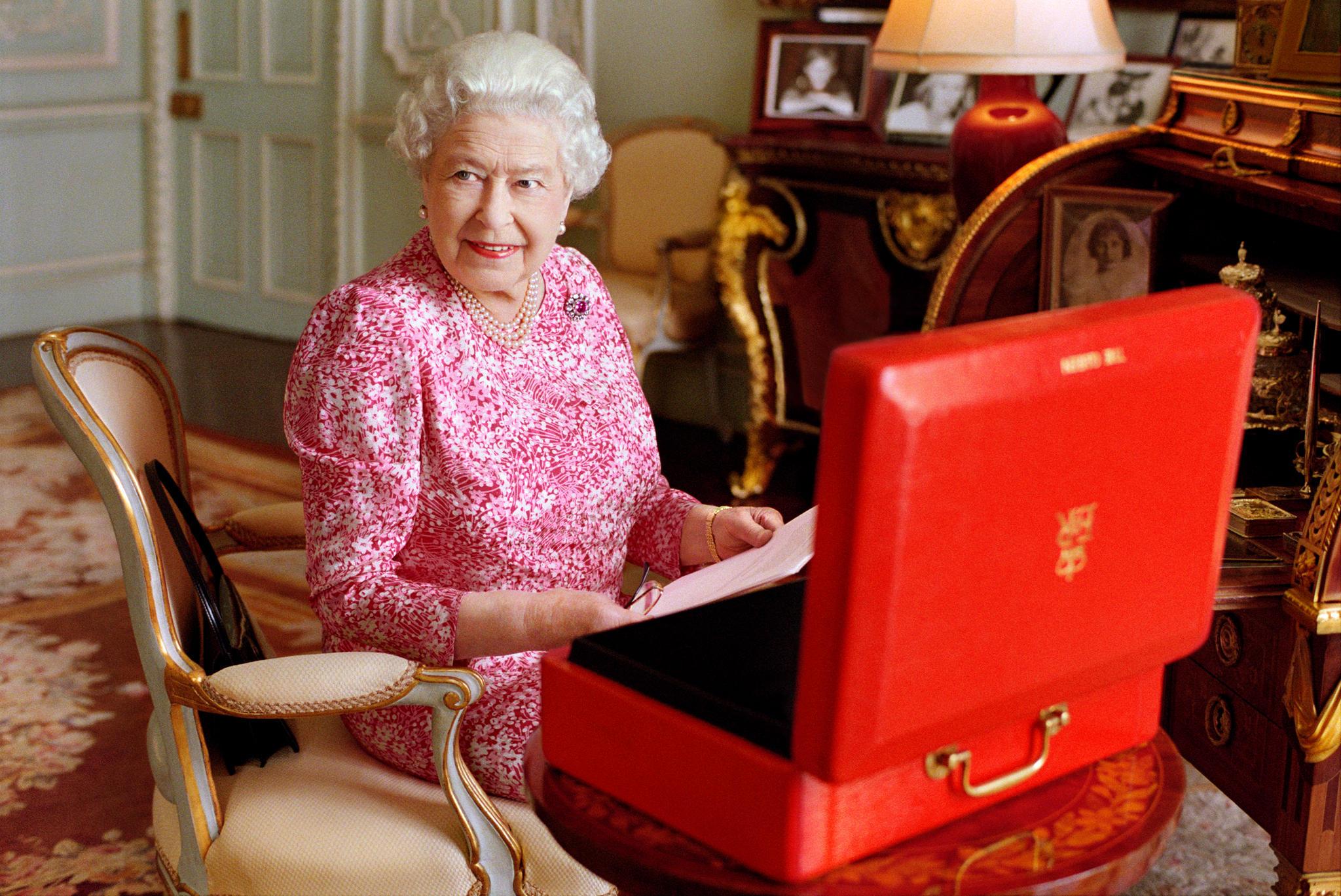 """Queen Elizabeth und die sogenannte """"Dispatched Box"""""""