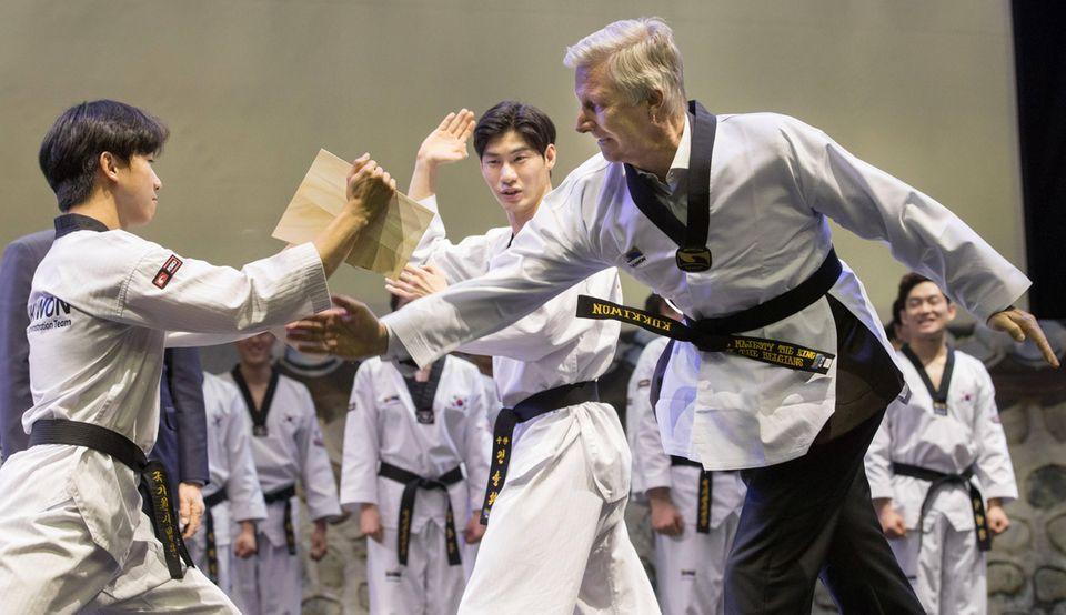 26. März 2019  König Philippe zeigt im Welt-Taekwondo-Hauptquartier Kukkiwon seine Kampfkünste.
