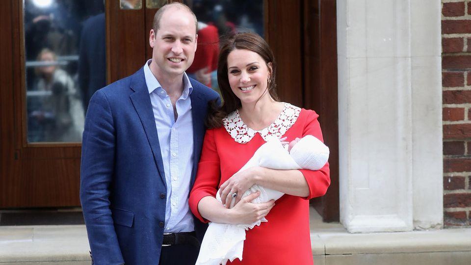 Prinz William, Herzogin Catherine und Prinz Louis