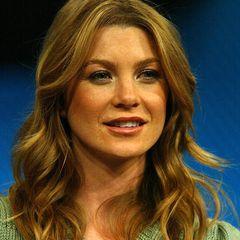 """Als Meredith Grey ist Ellen Pompeo natürlich die Schlüsselfigur in """"Grey's Anatomy"""" - und das bereits seit der ersten Folge in 2005."""