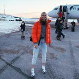 """""""Back to the cold"""", schreibt Topmodel Lena Gercke zu diesem Schnappschuss auf Instagram. Während wir uns in Deutschland über die ersten Sonnenstrahlen des Frühlings freuen, genießt Lena die eisigen Traumlandschaften von Finnlands nördlichster Region Lappland."""