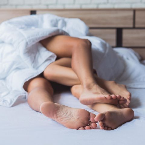 Verdacht auf Sperma-Allergie? Direkter Körperkontakt kann so schön sein, doch wenn nach dem Kontakt mit Spermien allergische Reaktionen auftreten, sollten Sie dringend einenGynäkologen aufsuchen.