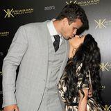 Kris Humphries und Kim Kardashian feiern in 2011 eine gigantische Hochzeit. Es kommen mehr Gäste, als ihre Ehe hält. Diese zerbricht nämlich nach 72 Tagen.