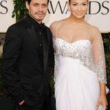 Ein paar Jahre später - nämlich in 2004 - ehelicht J.Lo den Sänger und Produzenten Marc Anthony. Ihr Familienglück scheint mit ihren Zwillingen zwar perfekt, doch der Schein trügt. Zehn Jahre nach ihrer Hochzeit kommt es zur Trennung.