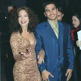 Eine der kürzesten Ehen Hollywoods führt Jennifer Lopez mit dem kubanischen Schauspieler Ojani Noa. Ihr Eheversprechen hält ein Jahr - nämlich 1997.