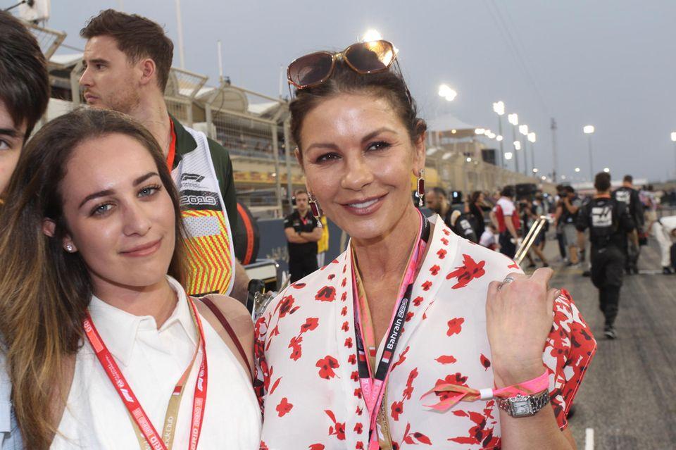 Was für ein hübscher Anblick: Auch Schauspielerin Catherine Zeta-Jones gehörte zur erstklassigen Besucher-Liga des Sportevents.