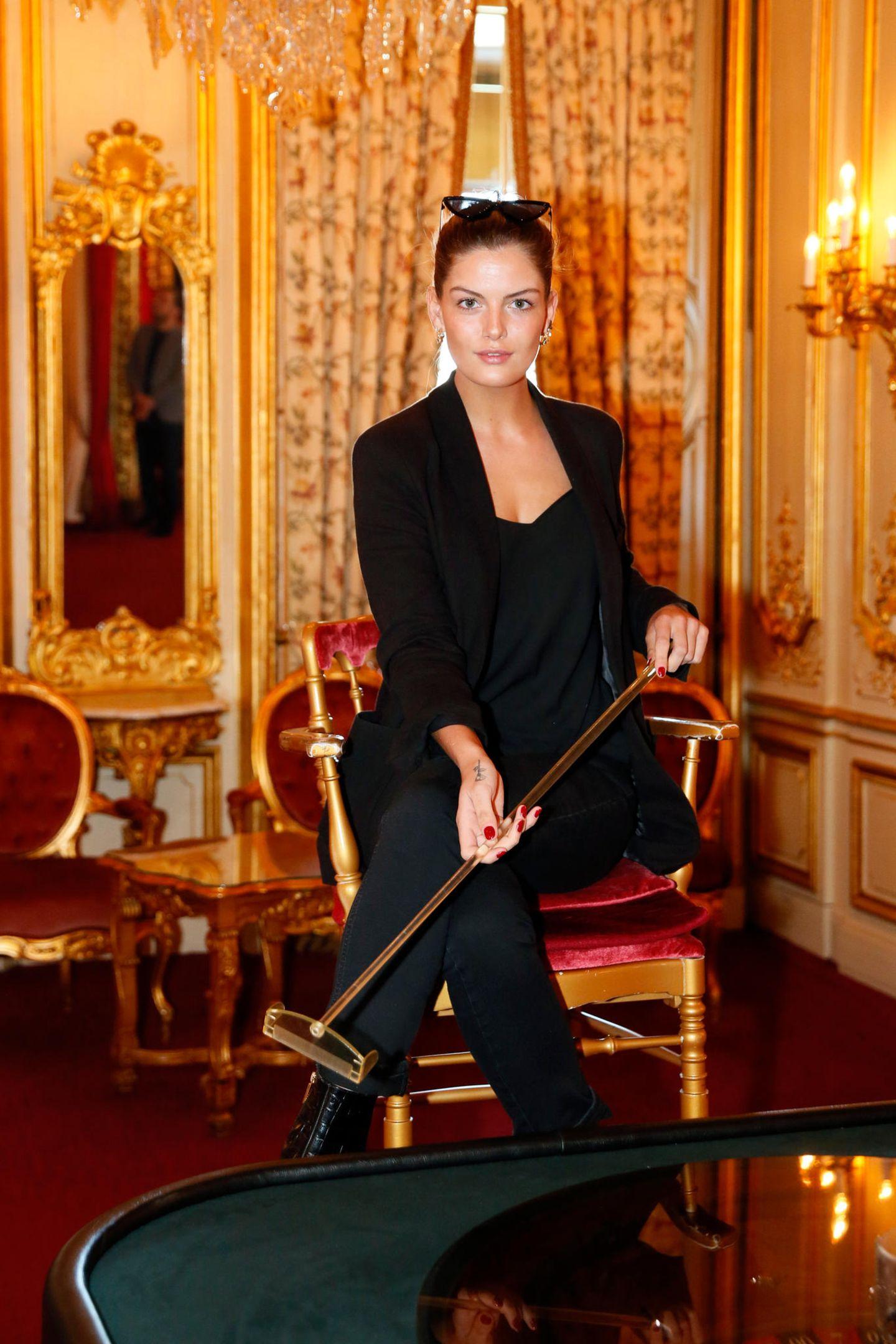 """Gruner + Jahr Spa Awards: Vanessa Fuchs beim exklusiven """"High Tea & Play""""-Besuch im Casino Baden-Baden ."""