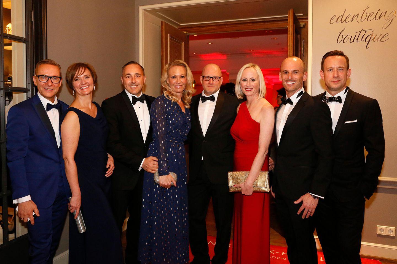 Gruner + Jahr Spa Awards: Stefan und Maike Geister (Cosmtéique Active), Daniel John Nathan, Maria Rolf Nathan, Dirk Loewen, Isabel Neudeck (alle L'Oréal/Lancôme), Peter Bauer und Jan Hodok (L'Oréal Deutschland).