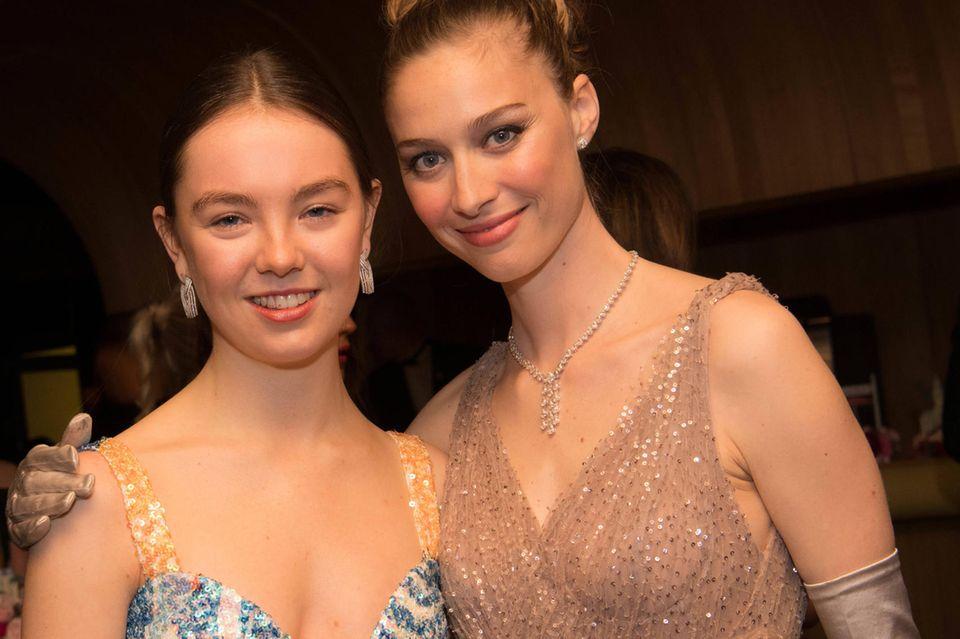 Sie funkelt, sie strahlt: Prinzessin Alexandra von Hannover sieht auf dem Rosenball 2019 einfach toll aus!