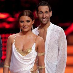 """Seit 2010 ist Massimo Sinató einer der beliebtesten Profi-Tänzer von """"Let's Dance"""". In der dritten Staffel legt er sein Debüt mit Sophia Thomalla hin. Der Jungspund begeistert damals alle und gewinnt nicht nur die Show, sondern auch die Herzen vieler Zuschauer für sich."""