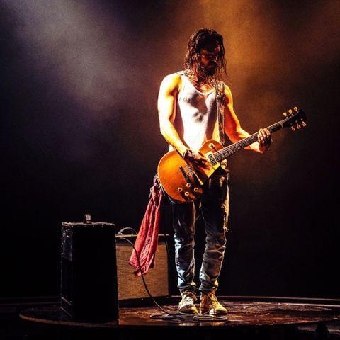 "Tom Kaulitz auf dem Cover des neuen ""Tokio Hotel""-Songs ""When It RainsIt Pours"""