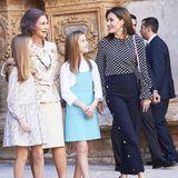 Königin Letizia ist dafür bekannt, dass sie ihre Outfits gerne häufiger trägt. Diesen Look hat sie jedoch fast ein Jahr in ihrem Kleiderschrank versteckt - aus einem guten Grund. Denn beim Ostergottesdienst 2018 zoffte sich Letizia öffentlich mit ihrer Schwiegermutter, Königin Sofia.