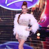"""""""Dein Kleid sah aus wie ein gerupftes Huhn"""" - für die erste Live-Show der diesjährigen """"Deutschland sucht den Superstar""""-Staffel wählte Jurorin Oana Nechiti ein ganz besonderes Outfit. Doch bei ihren Fans und Followern auf Instagram kommt dieser Look nicht wirklich gut an ..."""