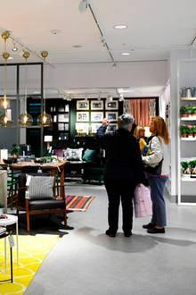 Möbelriese Ikea platziert seit Jahrzehnten Möbel in EuropasWohnungen und Häusern