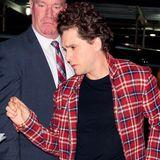 """Nach der """"SNL""""-Show steckt Kit wieder in normalen Klamotten, sein bartloser Look macht ihn aber doch zu einem anderen Menschen."""