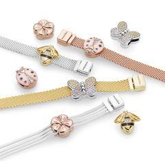 Mix and match: Sie sind auf der Suche nach einem ganz individuellen Geschenk, von dem man lange etwas hat? Das Reflexions Bracelet von Pandora bietet viele Möglichkeiten und versprüht Frühlingsgefühle. Armband ca. 69 Euro, Charmes ab ca. 25 Euro.