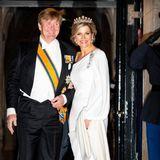 9. April 2019  Den Tag vor dem Geburtstag ihrer jüngsten Tochter Prinzessin Ariane, verbrachtenKönigin Máxima und König Willem-Alexander noch auf dem jährlichen Galadinner für das Diplomatische Korps in Amsterdam.