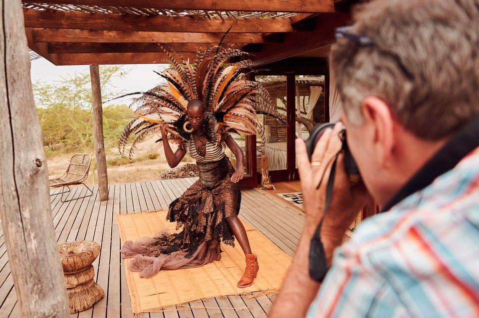 Florence Kasumba beimLambertz-Kalender-Shooting in Südafrika