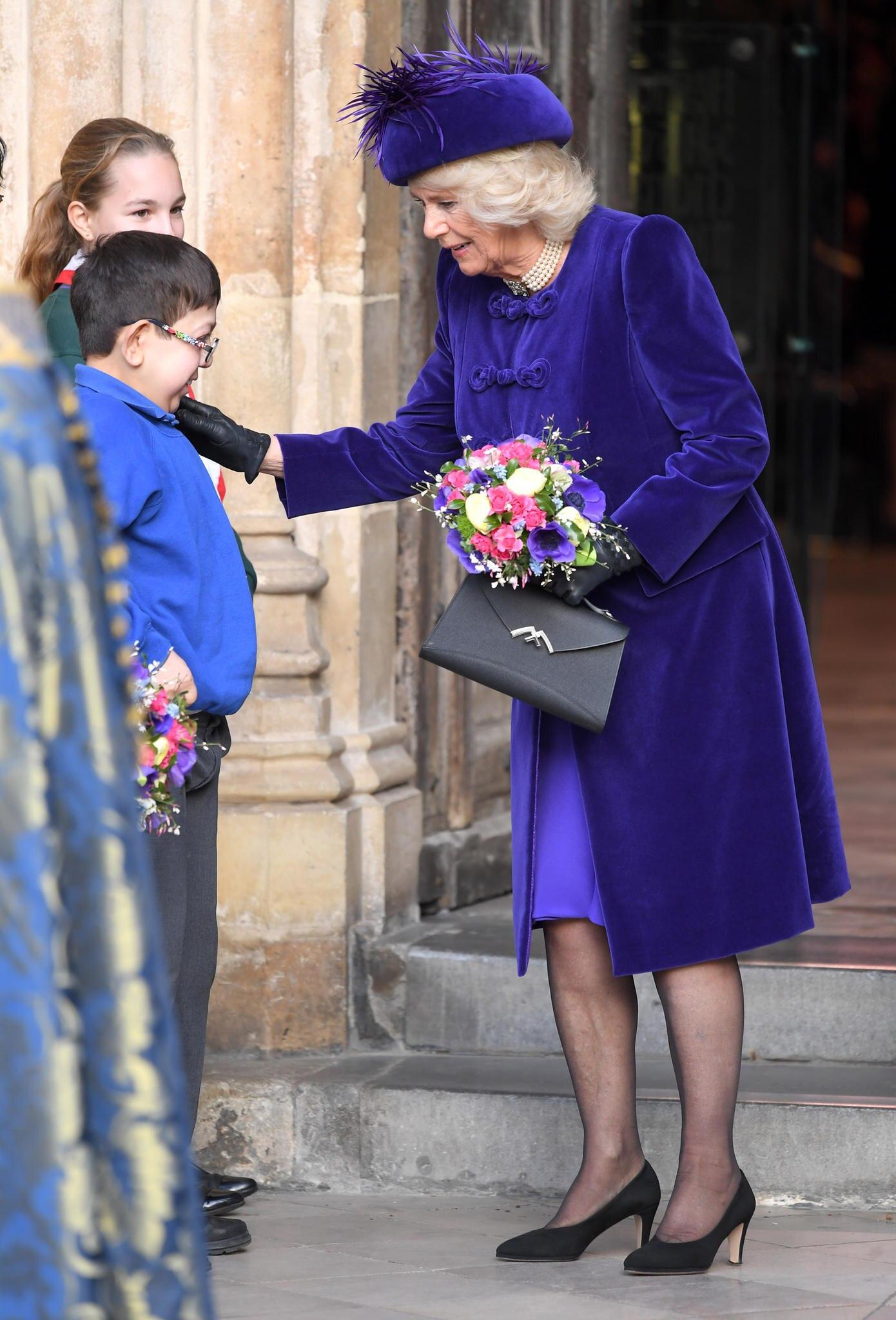 Genau wie die Queen liebt auch Camilla die exklusiven Modelle von Moynat Paris.