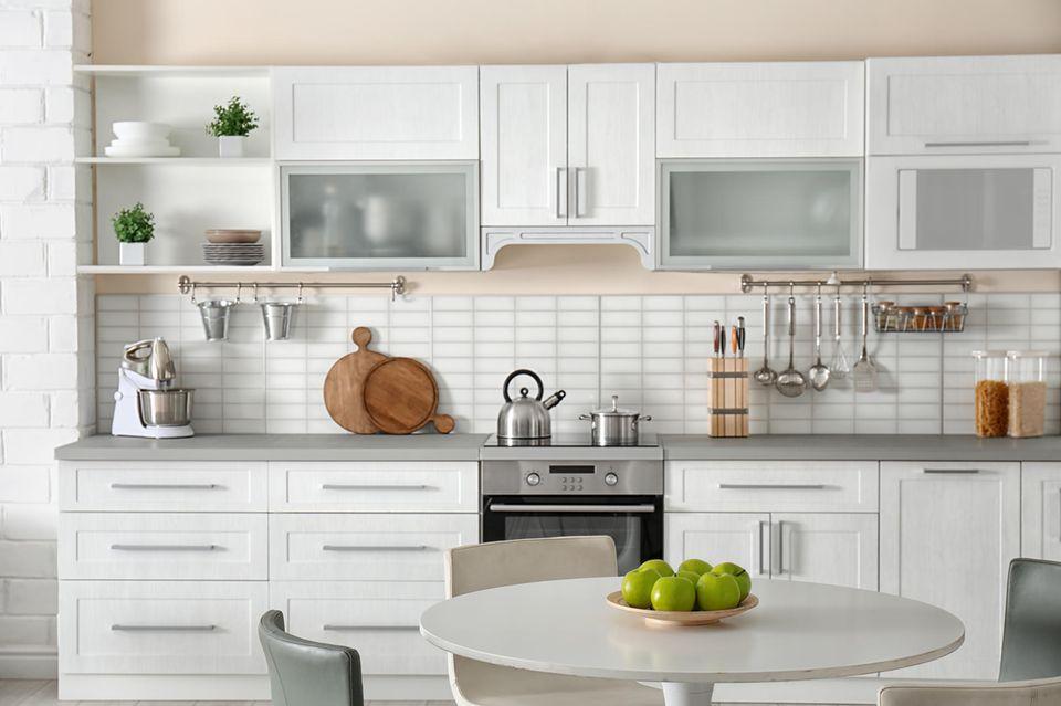 Ordnung in der Küche, gute Haushaltsführung, Haushaltstrick, aufgeräumte Küche, Ordnungshelfer