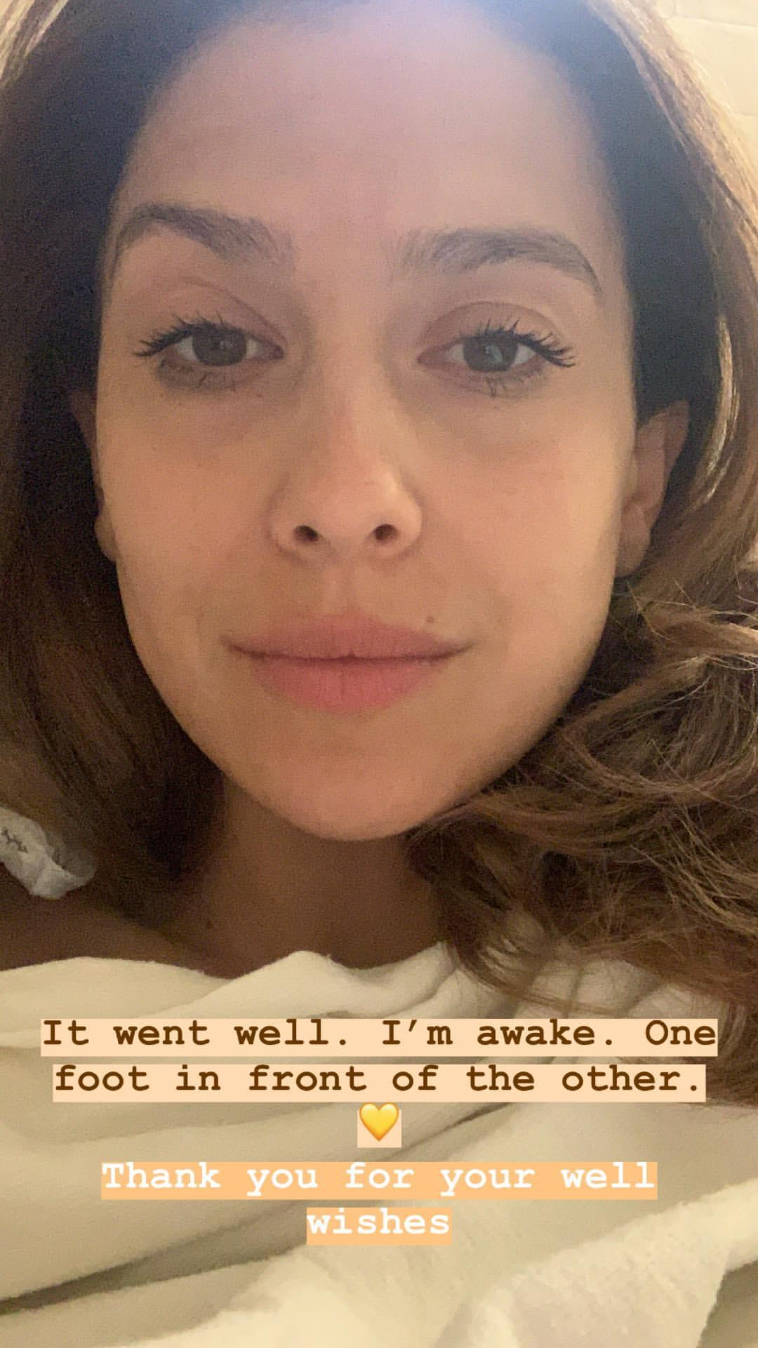Nach der Ausschabung meldet sich Hilaria Baldwin auf Instagram.