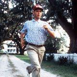 """Tom Hanks' schauspielerische Leistung als """"Forrest Gump"""" im gleichnamigen cineastischen Meisterwerk war nicht nur oscarreif, sondern auch dementsprechend prämiert."""