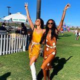 Shanina Shaik und Jasmine Tookes zeigen, dass sie nicht nur in Dessous eine tolle Figur machen: Für das Coachella-Festival wählen sie leichte Slipdresses und rockige Accessoires.