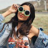 """""""Nimm mich mit in die Wüste"""", heißt es auf der quietschgrünen Sonnenbrille von US-Schauspielerin Victoria Justice."""