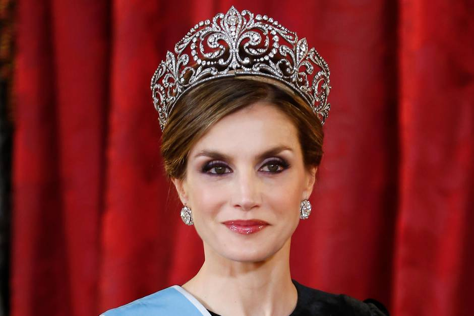 Königin Letizia von Spanien mit der Tiara von Königin Victoria Eugenia