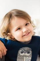 19. April 2019  Grattis, kleiner Prinz! Alexander von Schweden wird heute schon ganze drei Jahre alt, und das Königshaus schenkt uns dieses bezaubernde Porträt des Erstgeborenen von Prinzessin Sofia und Prinz Carl Philip. Wir gratulieren ganz herzlich!
