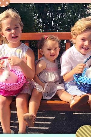 """19. April 2019  """"Happy Easter from our bunnies!"""" Prinzessin Madeleine schickt ihren Instagram-Fans diese süßen Ostergrüße von ihren drei kleinen Häschen Leonore, Adrienne und Nicolas."""
