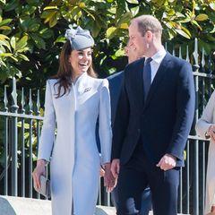 Die Laune von Herzogin Catherine und Prinz William könnte an diesem sonnigen Tag nicht schöner sein.
