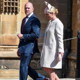 Zara Tindall hingegen mag es eher klassisch. Zum Gottesdienst in Windsor erscheint sie in einem roséarbenen Ensemble samt dazu passender Clutch und Hut.GraueWildleder-Pumps runden ihren Look zum Sonntag ab.