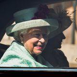 Jetzt geht esfür die Queen und ihre Familie zurück ins Schloss!