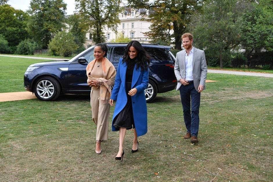 Doria Ragland mit Herzogin Meghan und Prinz Harry im September 2018