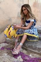 La Dolce Vita! Italienisch angehaucht wirkt dieser Look von Ann-Kathrin Götze, der ihr das Leben versüßt.
