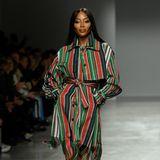 Zugegeben: Arbeiten möchte man für Naomi Campbell nicht unbedingt. Die exotische Schönheit ist bekannt für ihre Wutausbrüche, doch mindert das ihren anhaltenden Erfolg nicht im Geringsten. Noch immer ist sie auf zahlreichen Covern, Kampagnen und Laufstegen zu sehen - so wie hier im Februar auf der Pariser Fashion Week.