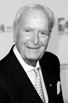 """19. April 2019: Martin Böttcher (91 Jahre)  Winnetou-Komponist Martin Böttcher ist im Alter von 91 Jahren in seiner Wahlheimat Rendsburg gestorben. Gegenüber der BILD sagt seine Tochter Betsy: """"Mein Vater ist nach kurzer, schwerer Krankheit friedlich eingeschlafen."""""""