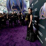 """In """"Avengers: Endgame"""" sehen wir Natalie Portman in der Rolle der Jane Foster. Sie ist eine Figur ohne Superkräfte und trat erstmals 2011 im ersten """"Thor""""-Film in Erscheinung,zunächst als Assistentin von Dr. Donald Blake, später als Vertraute von Thor."""