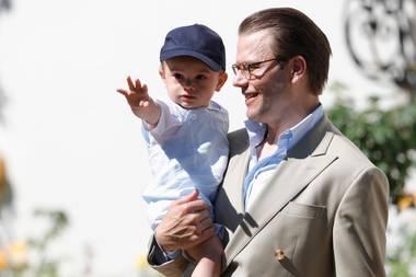 Prinz Daniel von Schweden mit Sohn Oscar