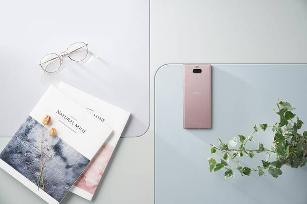 Sony Xperia 10 in Pink