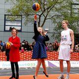 Prinzessin Ariane zeigt am Ball vollen Körpereinsatz.