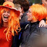 """Die Stimmung bei den """"Oranjes"""" ist ausgelassen."""