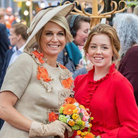 Zusammen mit Königin Máxima strahlt Prinzessin Alexia um die Wette.