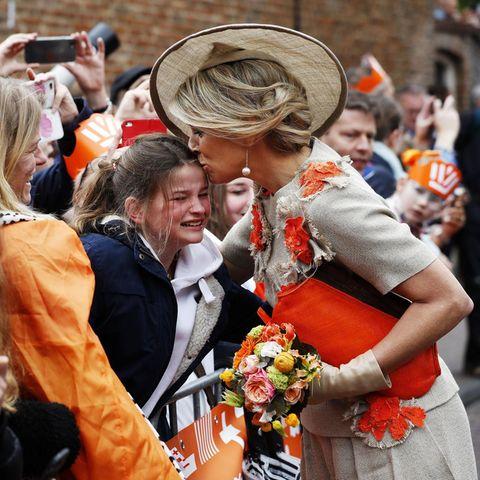 Königin Máxima kümmerte sich rührend um den jungen Teenager