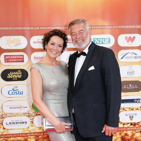 Harry Wijnvoord und seine Freundin Iris Dahlke bei der Verleihung der Goldenen Sonne 2019