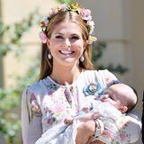 Bei Kaiserwetter wirdim Juni 2018 Prinzessin Madeleines Tochter Prinzessin Adrienne auf Schloss Drottningholm getauft.