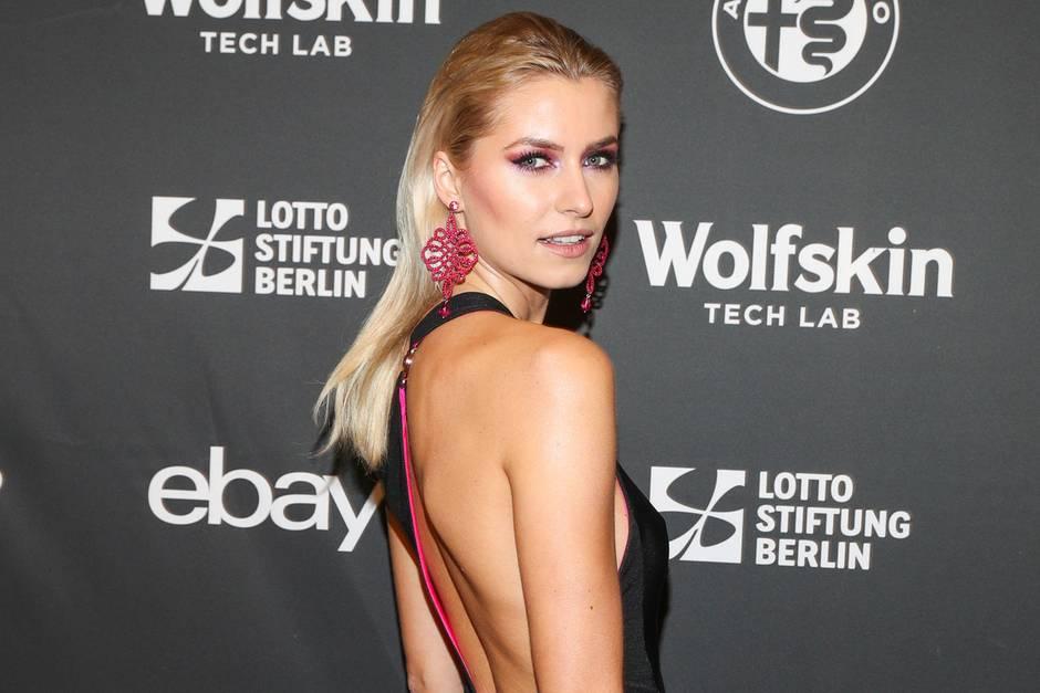 Lena Gercke Freund Dustin Schone Kommentiert Sexy Sideboob